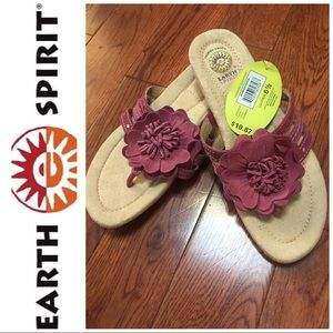 🆕NWT Earth Spirit Leather Flip Flops